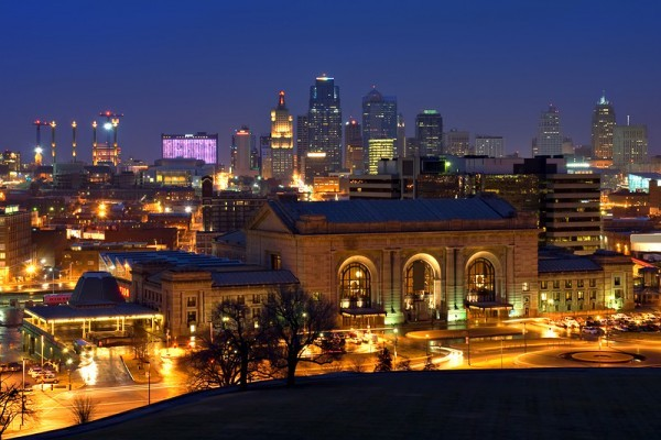 Night time image of the Kansas City Missouri skyline.